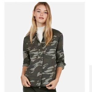 NWT Express Silky Soft Twill Camo Boyfriend Shirt